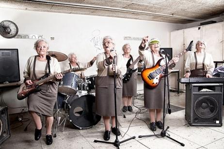 rock-my-granny-1